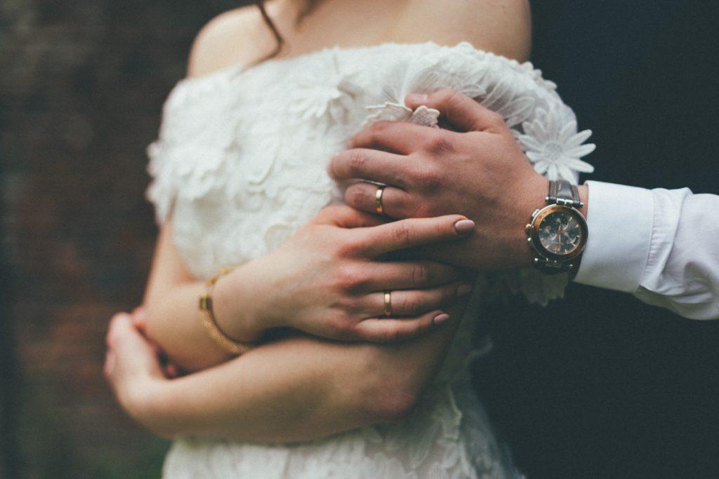 photos de couple de mariés chateau du vert bois