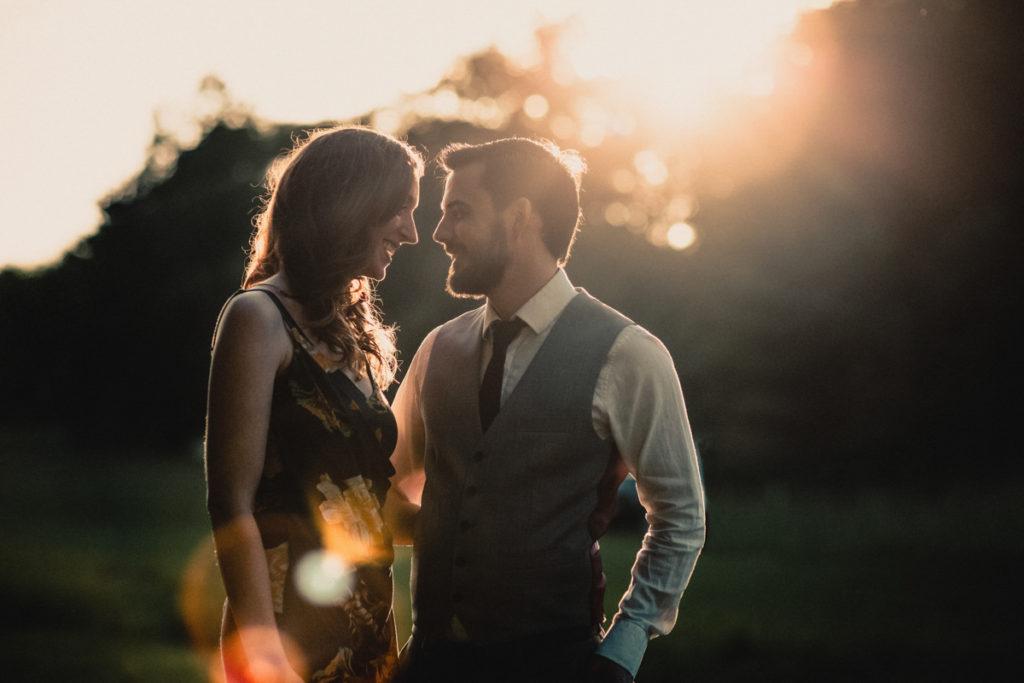 photographe mariage oise photo de couple coucher de soleil