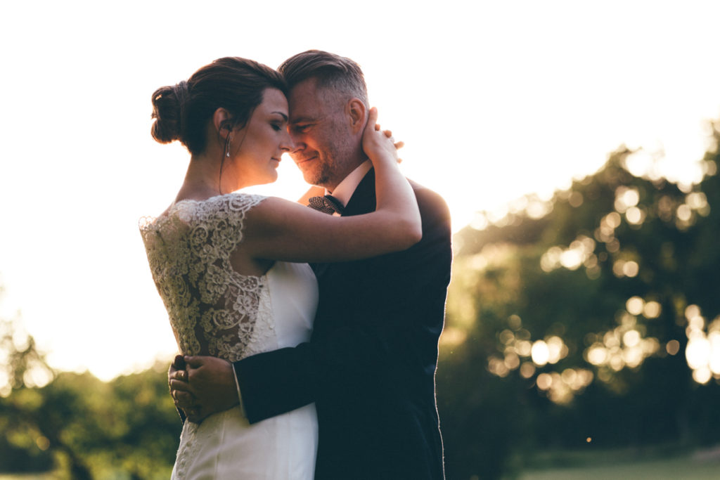 Photographe Oise mariés au coucher de soleil