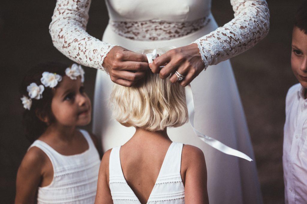 photographe de mariage dans les yvelines détails des demoiselles d'honneur