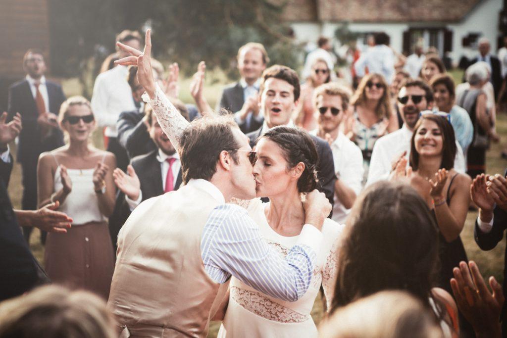 photographe de mariage dans les yvelines ambiance vin d'honneur