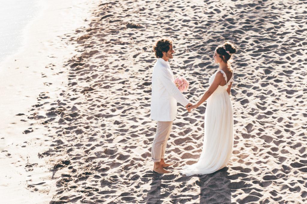 Tropicana mariés sur la plage