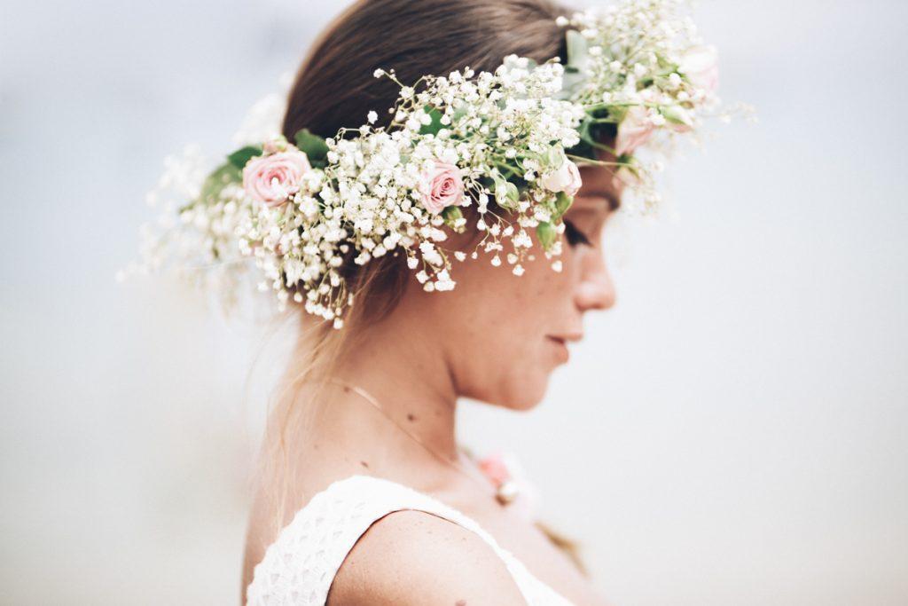 couronne de la mariée sur la plage de pramousquier