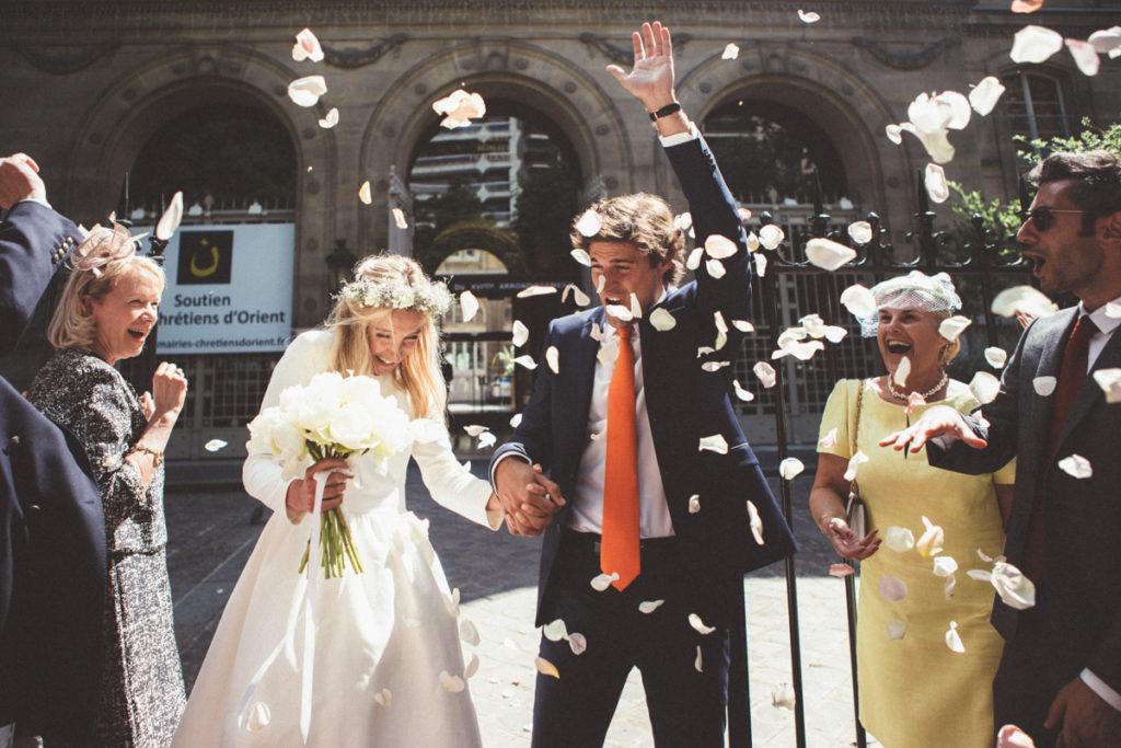 pétales fleurs sortie mairie mariage paris