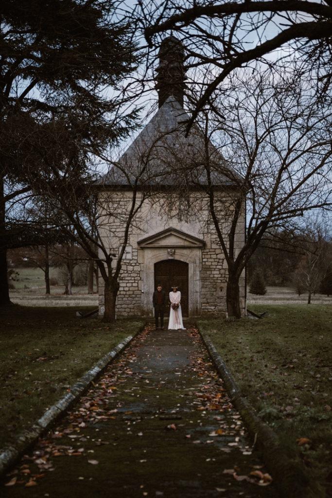 un mariage en hiver château de chambly chapelle mariés