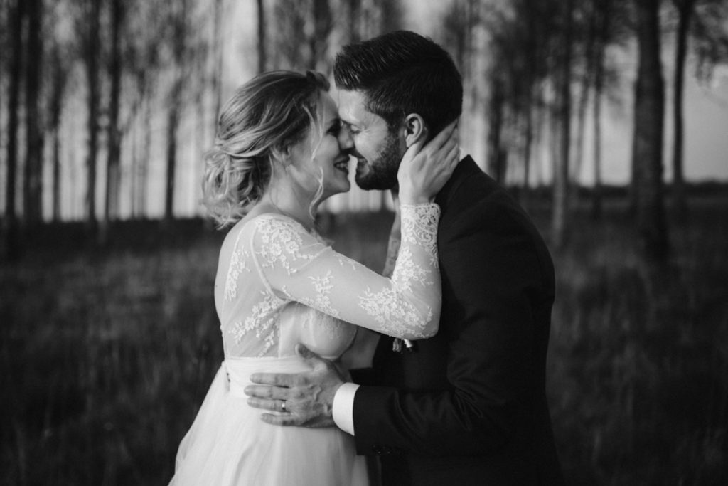 photographe de mariage en seine et marne à la ferme du grand hôtel du bois à jouarre