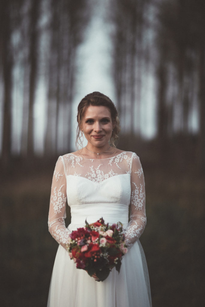 photo bouquet mariée enceinte robe marie laporte