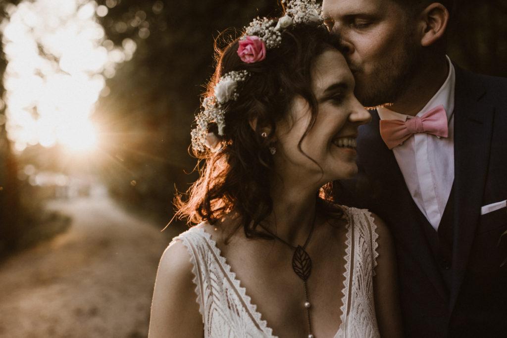 Photographe Mariage Hauts de Seine bisou mariés