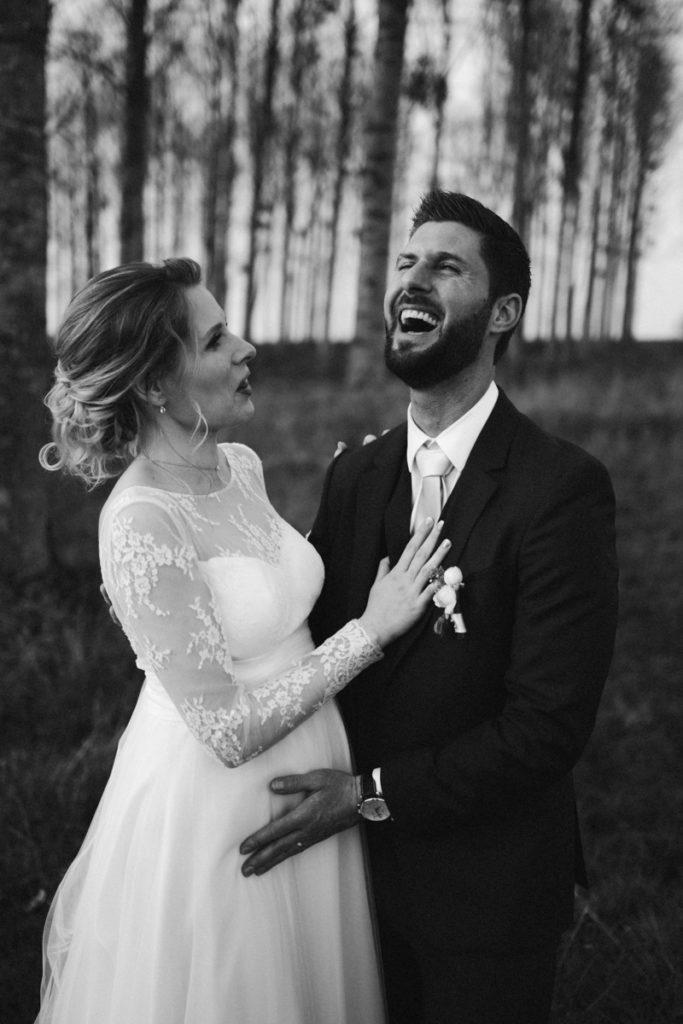 Behind the séance couple meilleur photographe de mariage