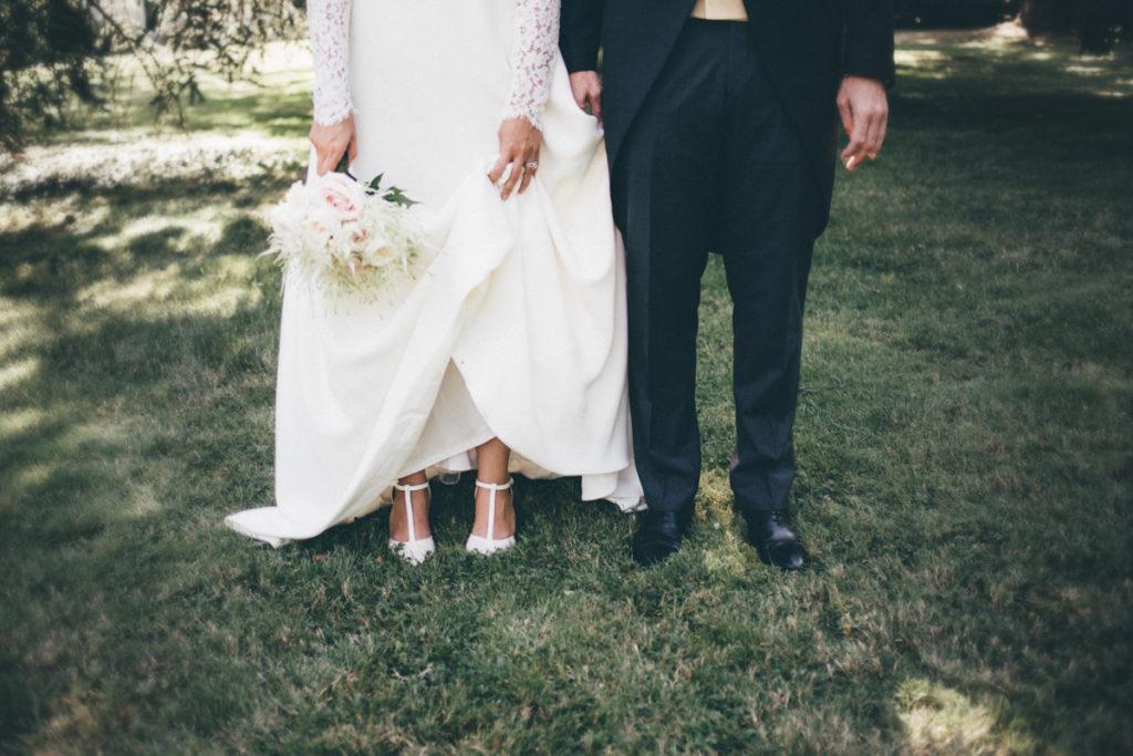 photographe mariage versailles photo des pieds des mariés