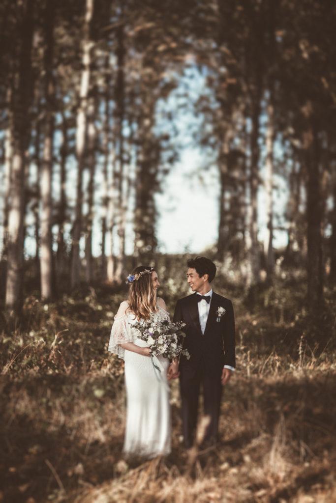 Photographe de Mariage dans l'Essonne couple foret