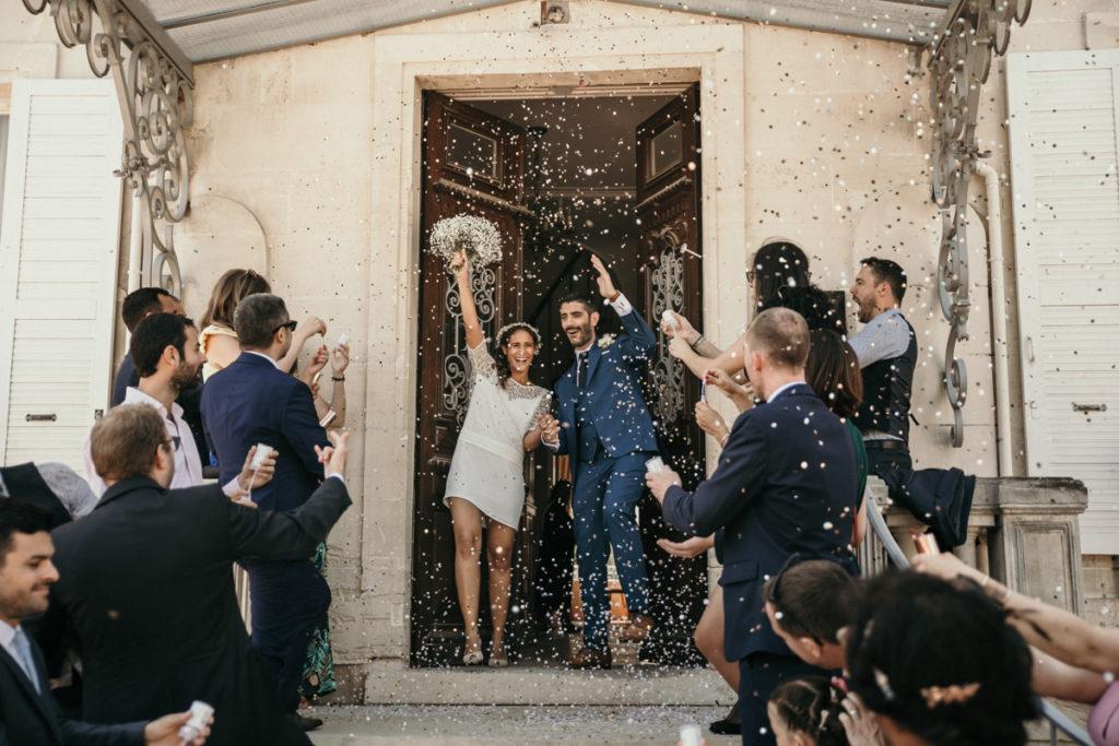 Les objectifs Tamron en mariage sortie de mairie à 24mm